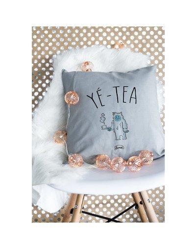 """Coussin """"Yé-tea"""""""
